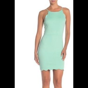 Love....Ady Halter Dress SZ Small